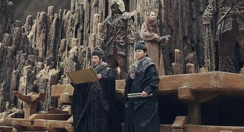 [사진]롯데엔터테인먼트 제공, '신과함께-죄와 벌'의 오달수(왼쪽)