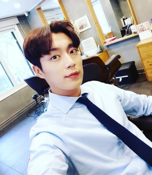 [사진]윤두준 인스타그램