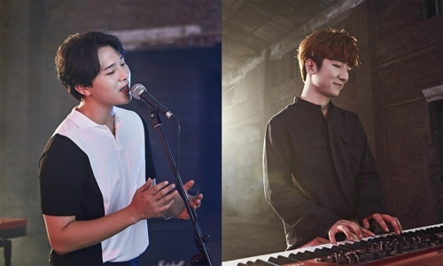 [사진]SM 제공, 남성 듀오 멜로망스(왼쪽부터 김민석, 정동환)