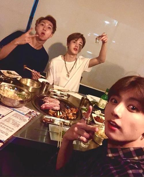 [사진]방탄소년단 트위터 캡처, RM·지민·정국(왼쪽부터)