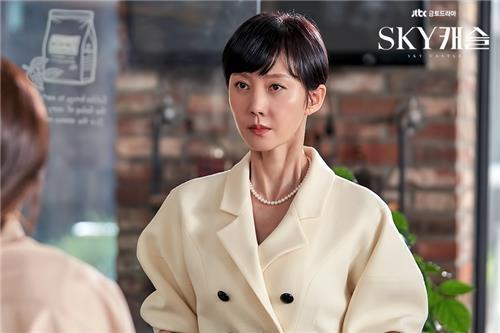 [사진]JTBC 제공, 'SKY 캐슬'의 염정아