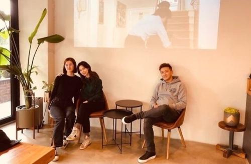 [사진]진태현 인스타그램 제공, 진태현-박시은 부부와 딸 세연 씨