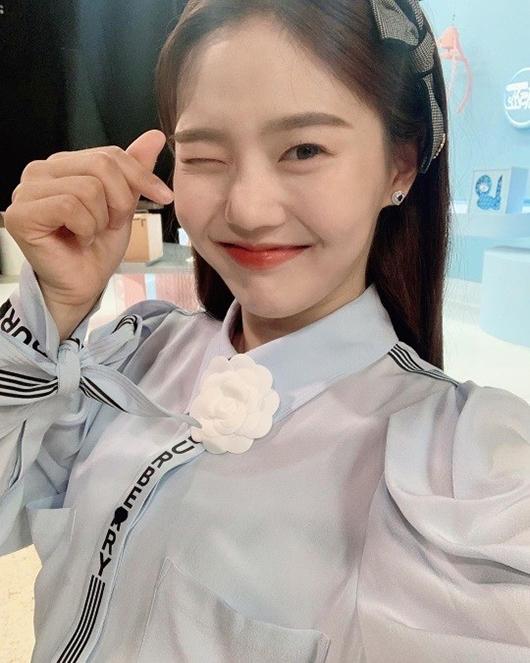 [사진]오마이걸 공식 인스타그램