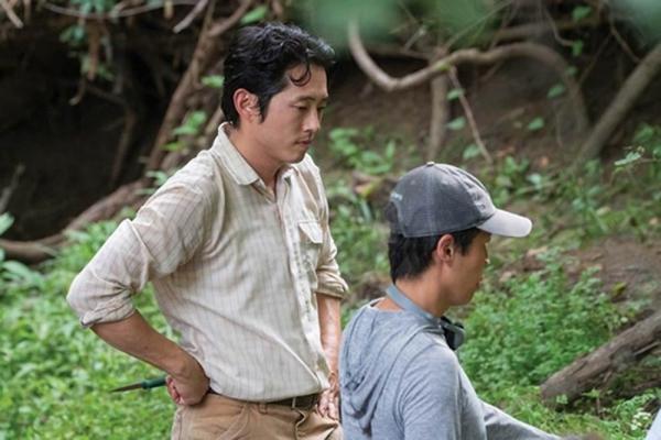 [사진]판씨네마 제공, 배우 스티븐 연(왼쪽)과 정이삭 감독